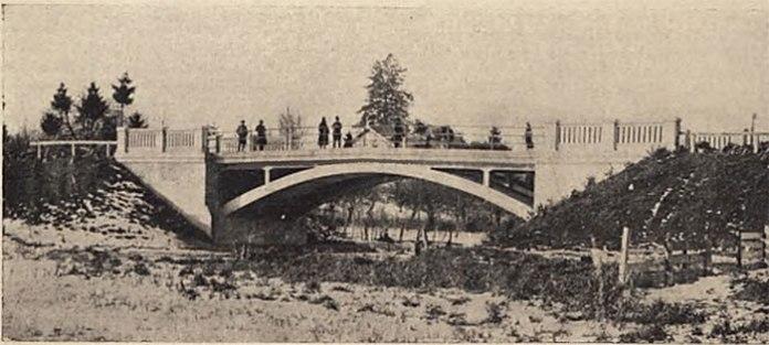 Новий залізобетонний міст у Володимирі-Волинському. Фото міжвоєнного періоду