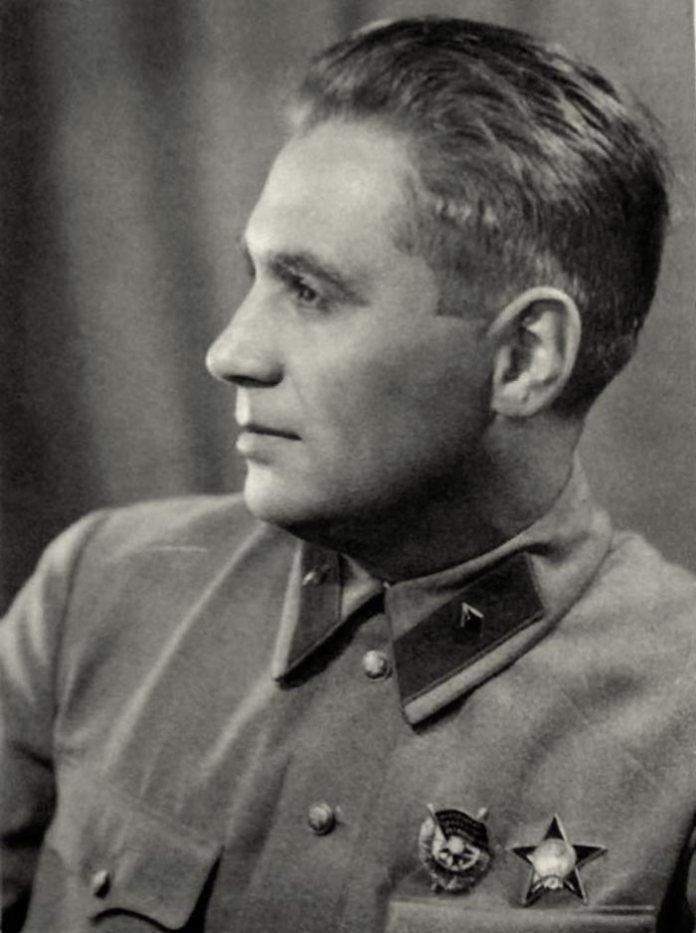 Павєл Судоплатов (1907–1996) – керівник радянських закордонних диверсійних спецслужб.