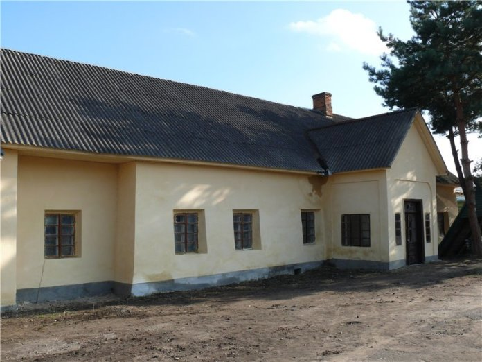 Павільйон у Яворівському замку. forum.zamki-kreposti.com.ua