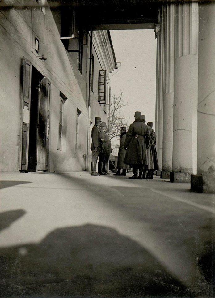 Палац в Острожці, 1916 р. https://www.bildarchivaustria.at