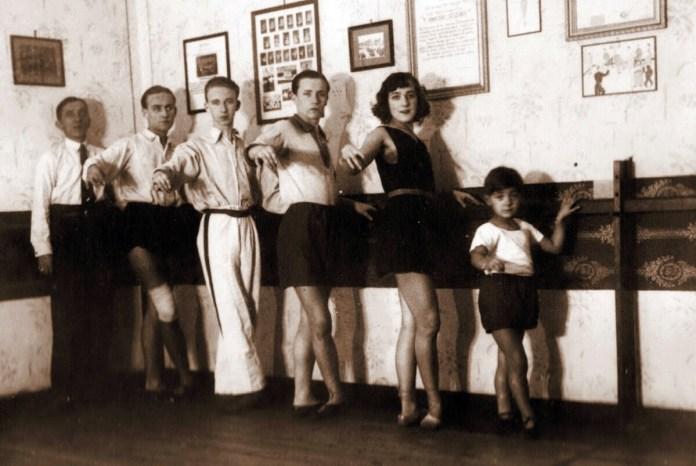 У балетному класі, 1930-і роки