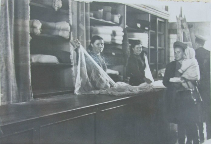 В одному з післявоєнних магазинів Рівного