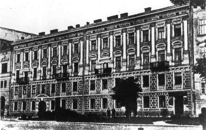 Будинок НТШ на вулиці Чарнецького