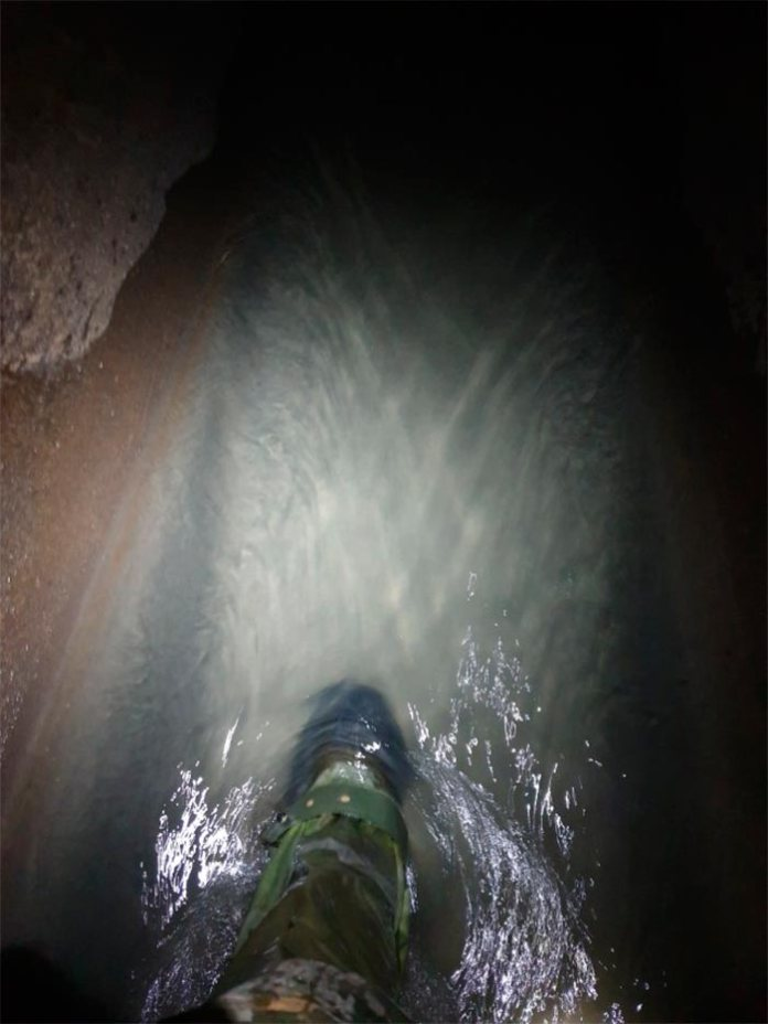 Колір води в Зубрі
