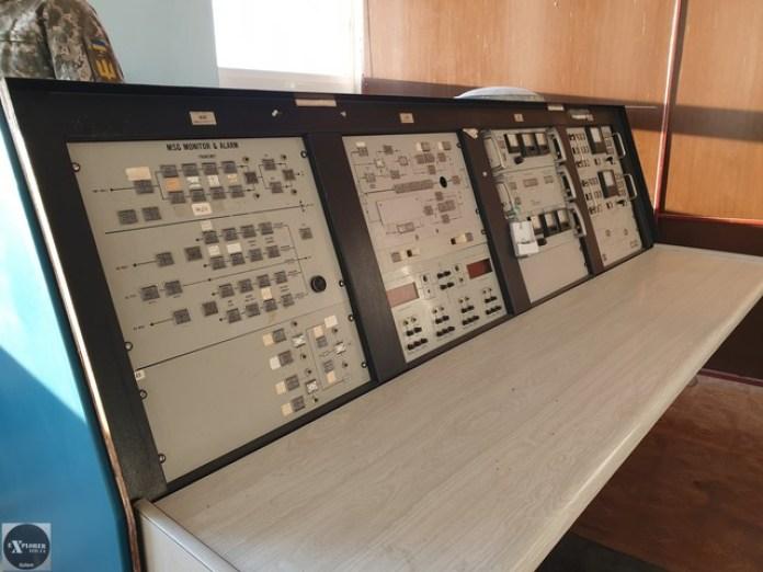Тут вже сучасніше обладнання для приймання і передавання сигналів
