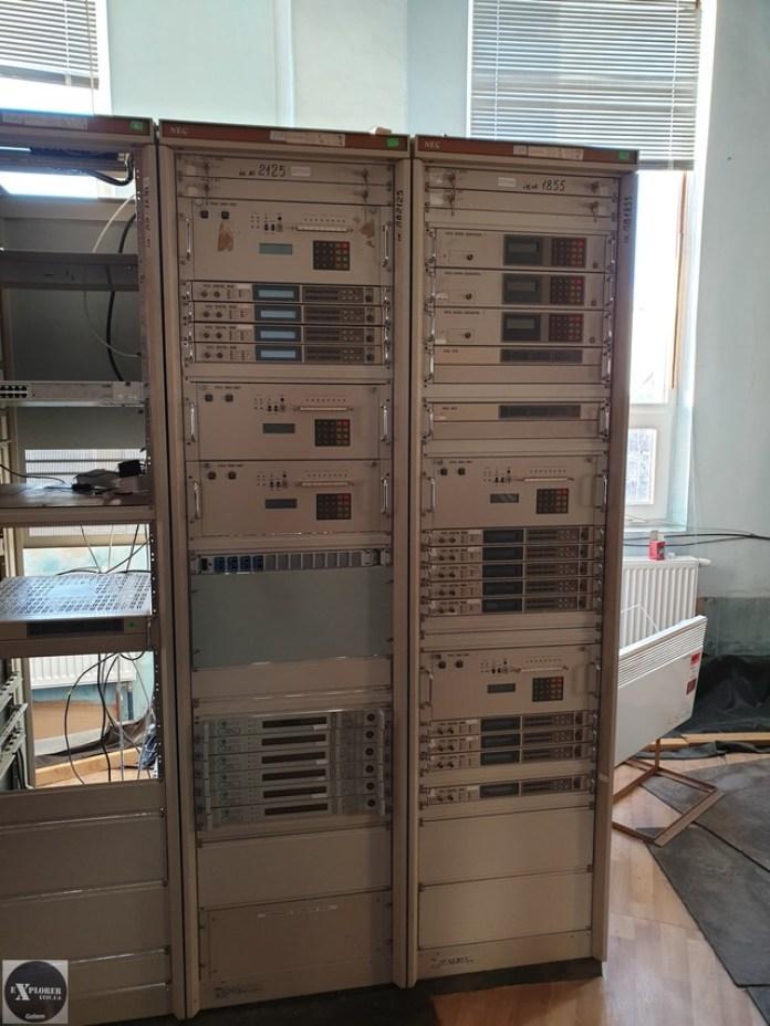 Стійки що використовувалися для телебачення і радіо