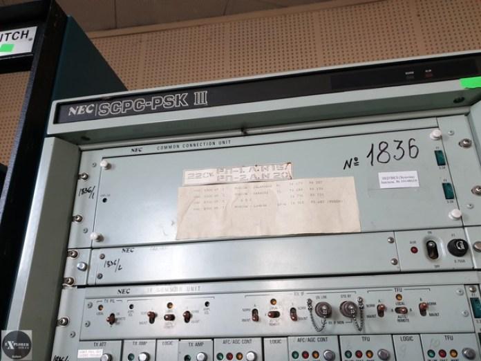 Стійка модуляторів. PSK - phase shift keying. Фазова модуляція по нашому.