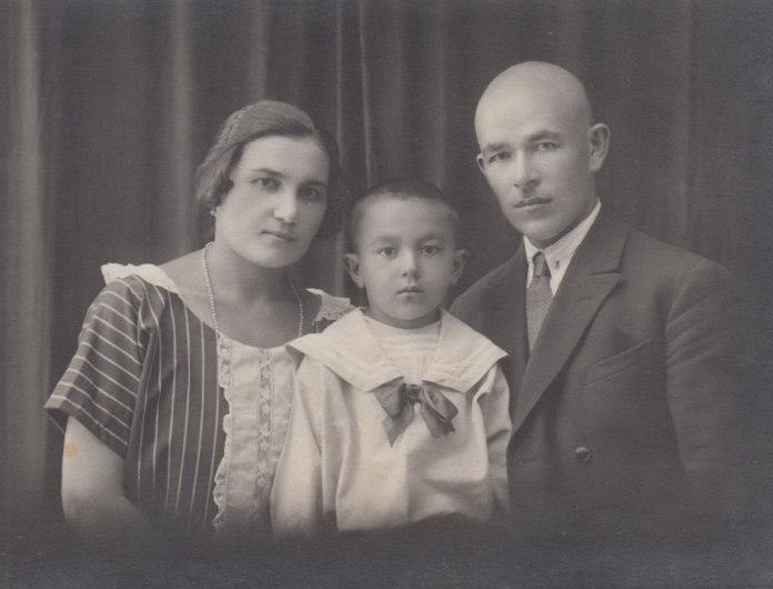 Сім'я Бондарів