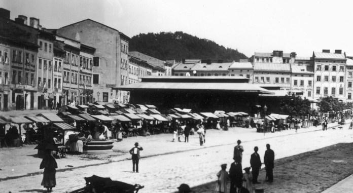 Ринок на колишній площі Краківській, поч. ХХ ст.