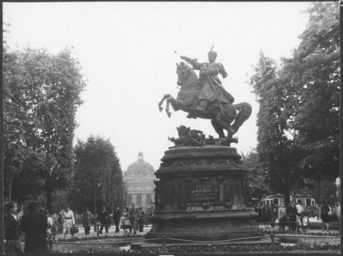 Ян ІІІ Собеський. Напевне, улюблений король РП для українців (але зараз не про нього). Фото з https://uk.wikipedia.org/