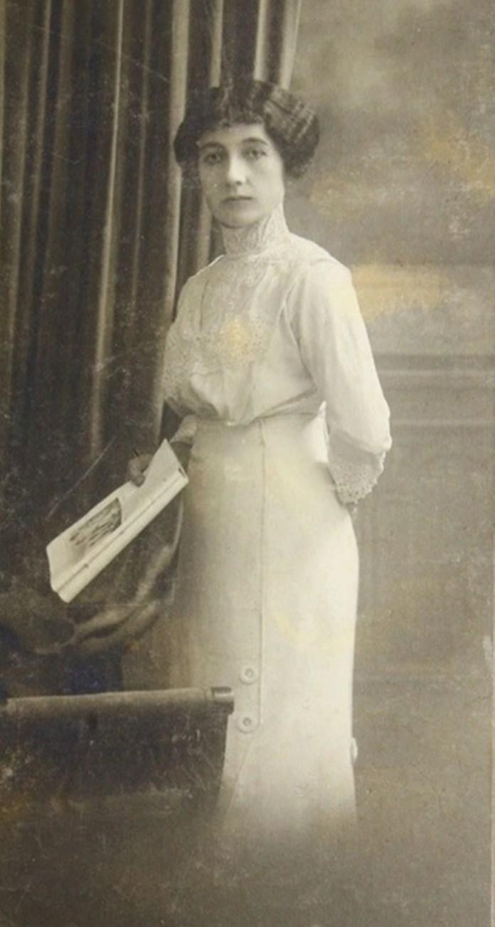 Жінка з Львова, фотосалон «Ż. KLAFTEN», кін. ХІХ-поч. ХХ ст.
