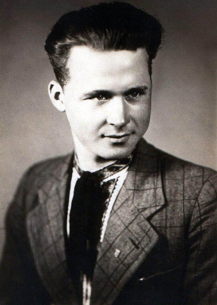 Михайло Миколайович Заяць