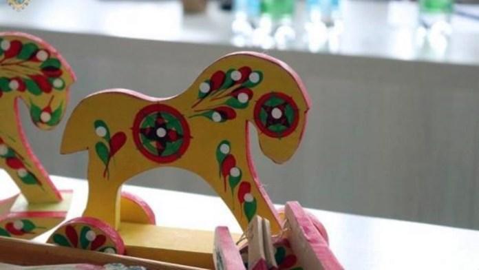 Яворівська іграшка