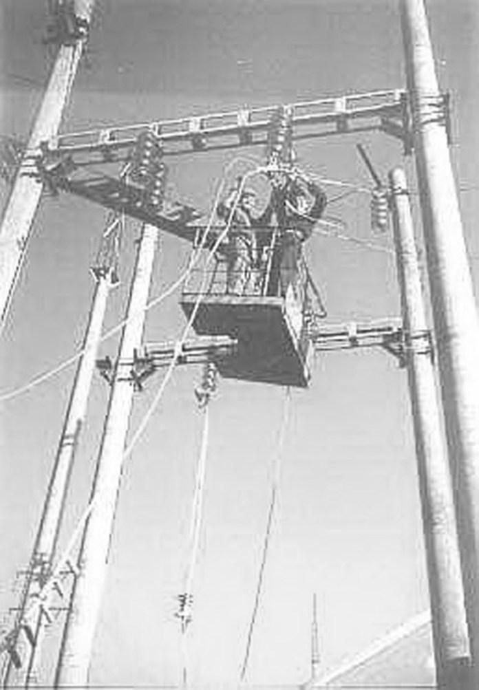 Роботи по електрифікації ділянки Красне – Тернопіль. 1997 р.