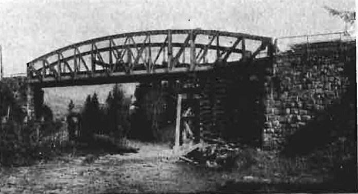 Тимчасове відновлення металевого залізничного мосту на лінії Стрий – Бескид, 1920 р.