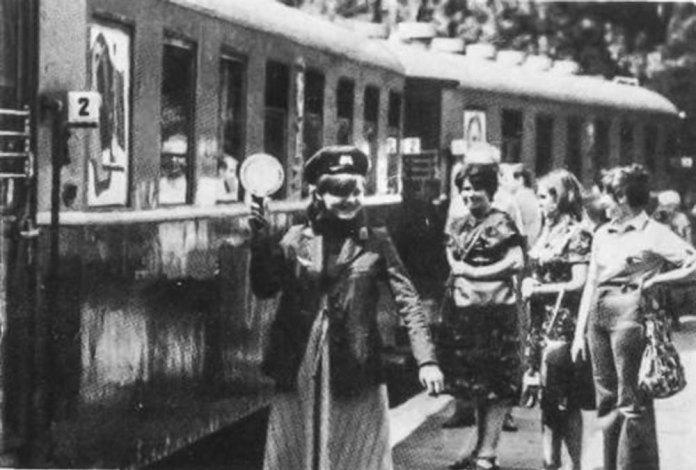 Поїзд дитячої залізниці у Львові. Фото 1980-х років