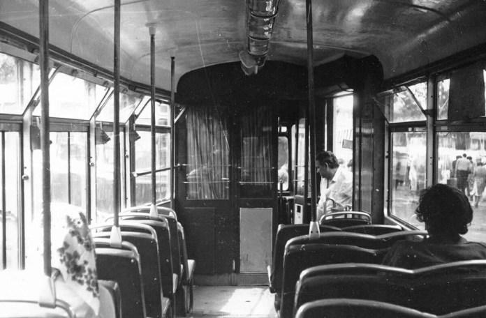 У салоні моторного вагона «Gotha Т2-62». Фото початку 1980-х років