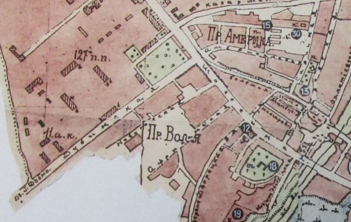 План Рівного 1896 року, де вказано передмістя Воля і вулиці Африканська і Новаковська