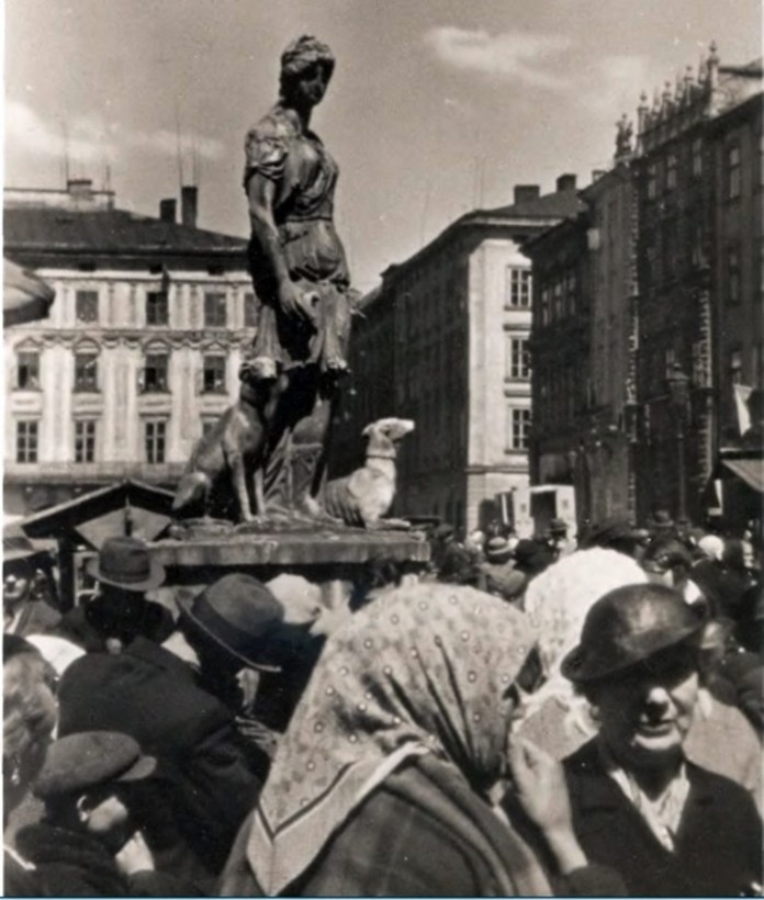 """Фонтан """"Діана"""". Львів 1920-1930-ті рр."""