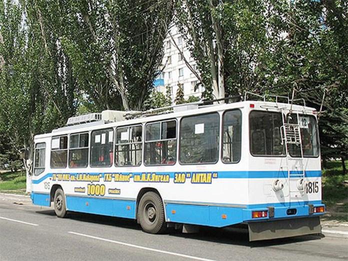 Ювілейний 1000-й тролейбус ПМЗ Т2 у Маріуполі. 2008 р.