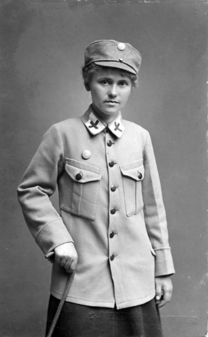 Санітарка Катерина Гладун. Жінки, що воювали в лавах УСС, здебільшого спершу опановували фах санітарки