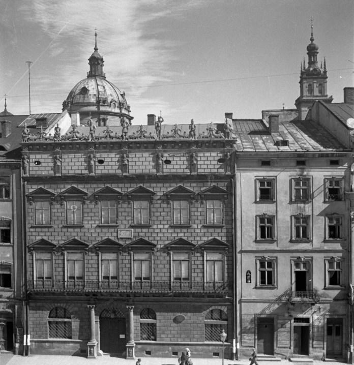 Палац Корнякта, 1939 р.