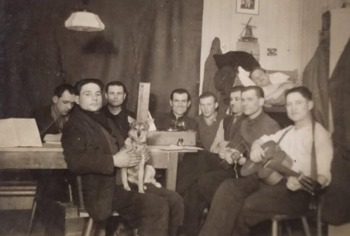 Павло Козак з товаришами у Гамбурзі