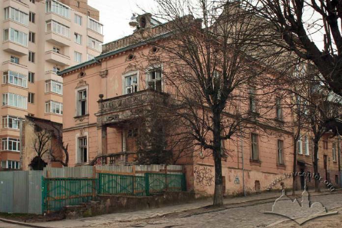 Палац на вулиці вулиці Олени Степанівни, 31. Світлина від lvivcenter.org