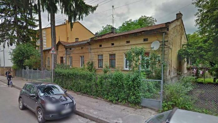 Житлові будинки на вул. Погулянка (GoogleMaps)