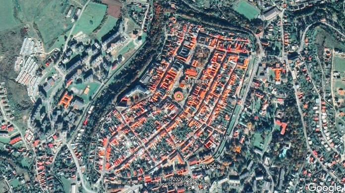 Вид на словацьке місто Левоча з повітря