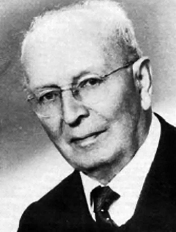 Німецький вчений Георг Хаас (1886 – 1971 рр.), який у 1920-ті роки багато зробив для розробки техніки гемодіалізу