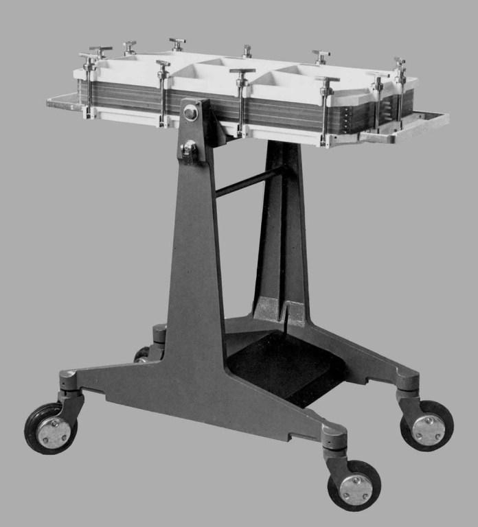 Пластинчастий діалізатор системи СГД-6