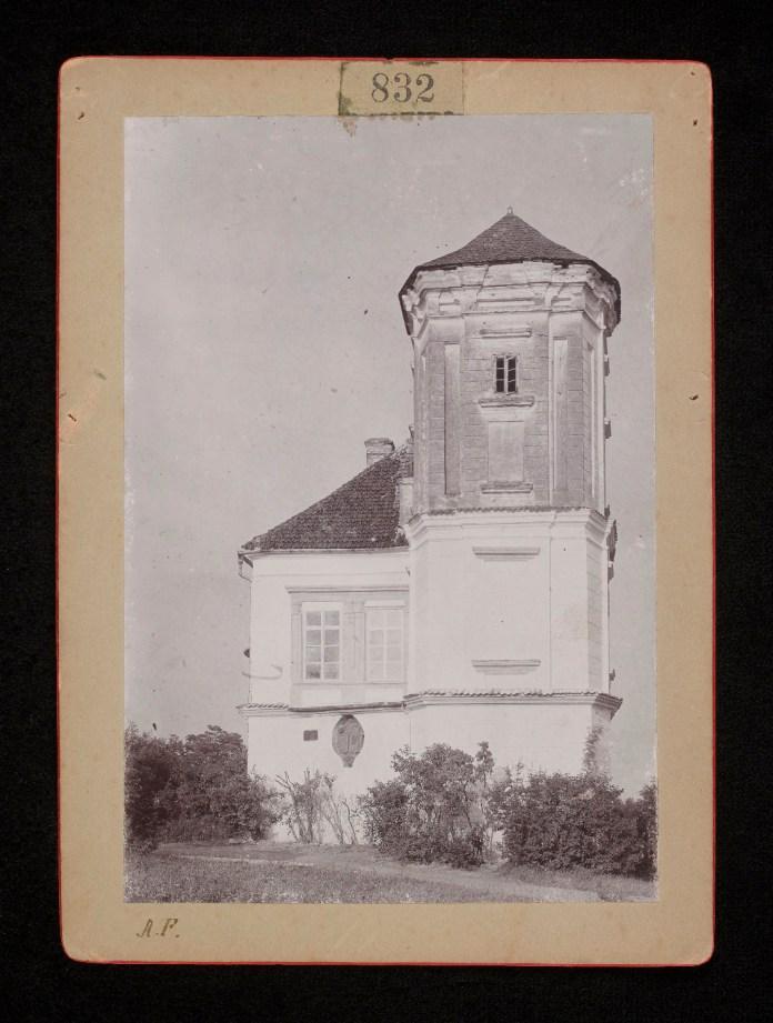 Замок у Мурованому, 1890-ті роки