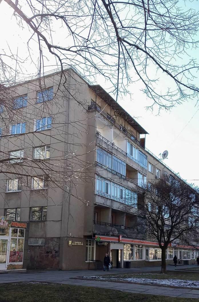 Вигляд на будинок №1. Фото Мар'яни Іванишин.