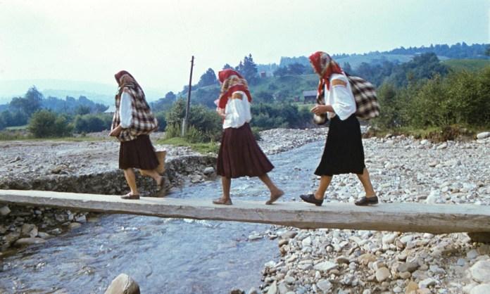 На базар. Косів, 1962. Світлив Юліан Дорош