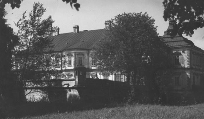 Підгорецький палац, 1920-30-ті рр.