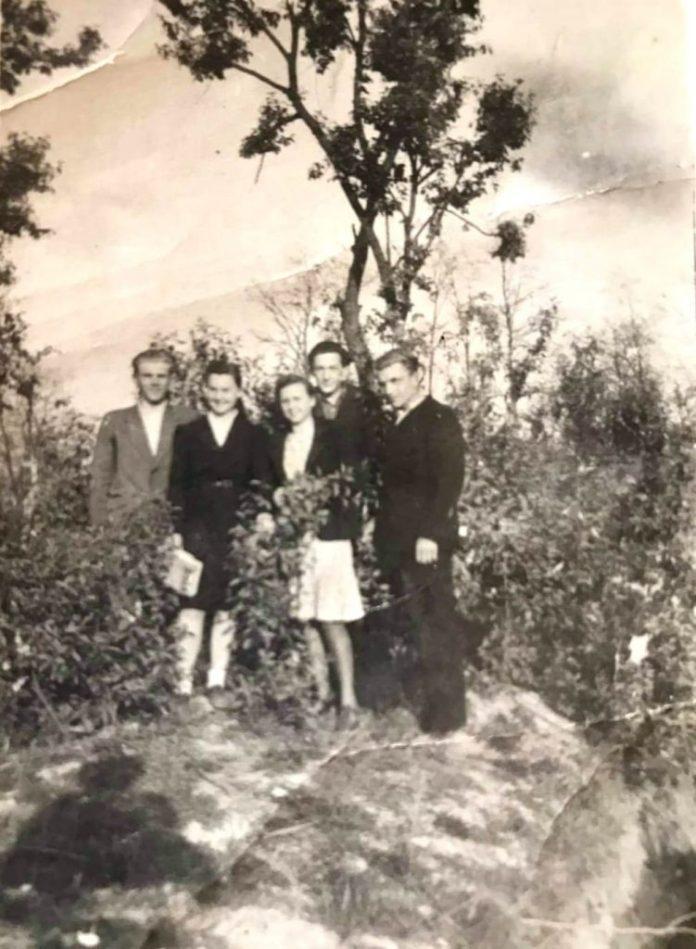 Випускники Рівненських шкіл №1 та №2, 1947 рік