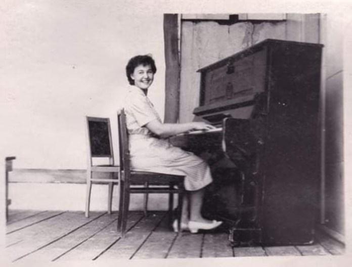 Людмила Негребецька, Тучинська школа-інтернат, 1960-і роки