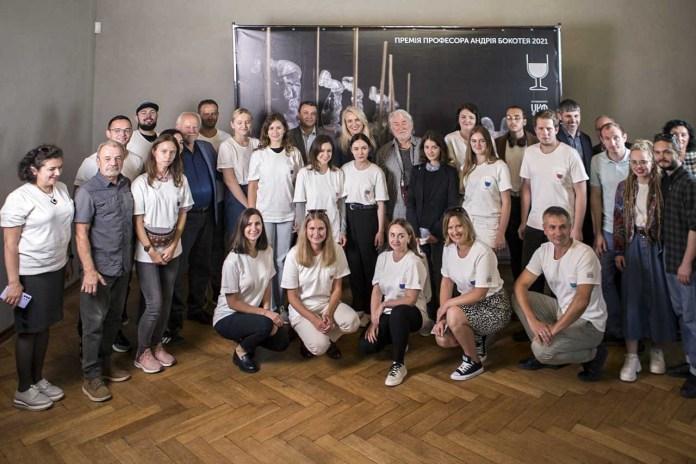 У Львові назвали цьогорічних переможців премії Андрія Бокотея для молодих художників-склярів