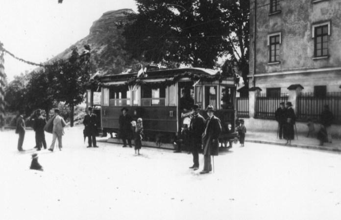 Львівський трамвай, 1900-1930-ті рр.