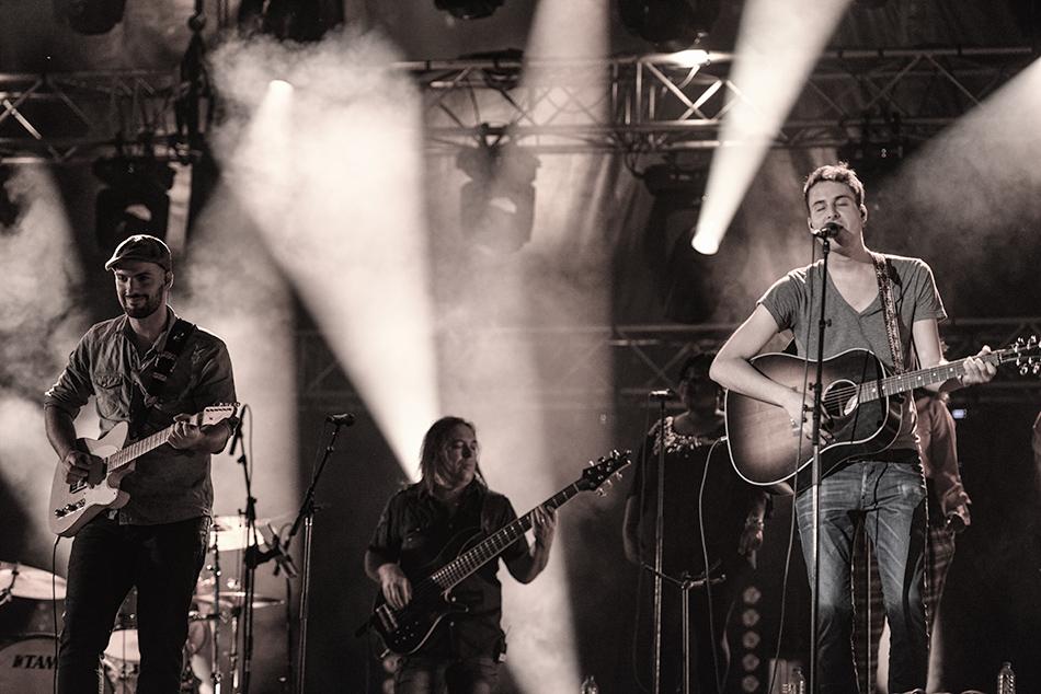 Bobby Bazini and his band