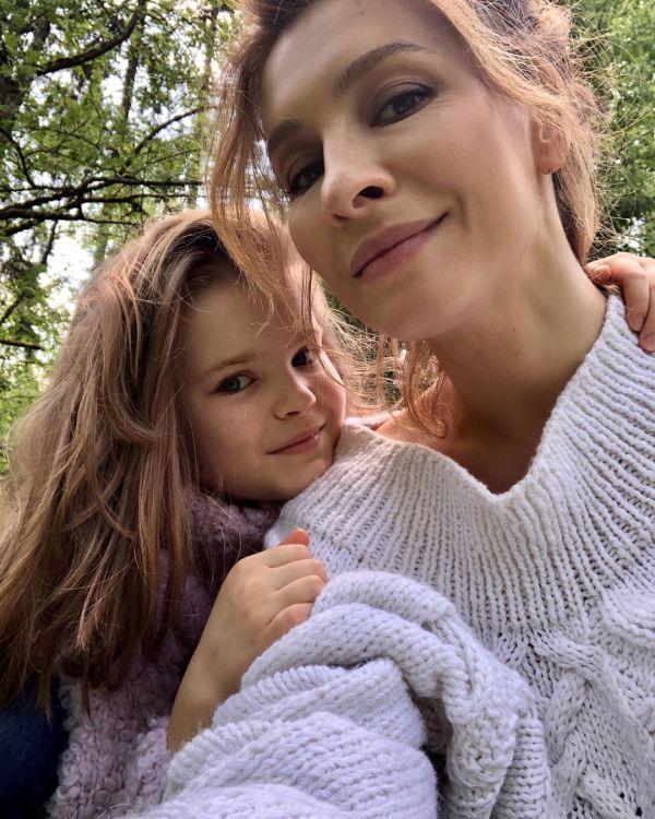 Елена Подкаминская, фото с детьми: ''Родила троих - и ...