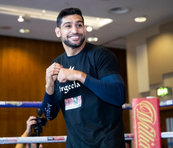 https://i1.wp.com/photo.boxingscene.com/uploads/amir-khan%20(1).jpg?w=598&ssl=1