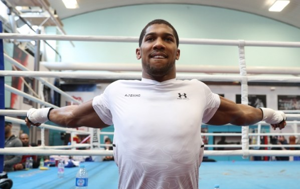 https://i1.wp.com/photo.boxingscene.com/uploads/anthony-joshua%20(18).jpg?w=598&ssl=1