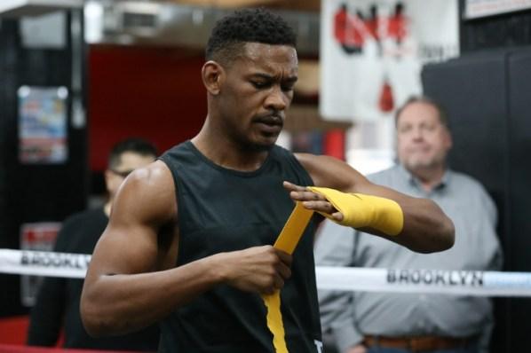https://i1.wp.com/photo.boxingscene.com/uploads/daniel-jacobs%20(6)_3.jpg?w=598&ssl=1