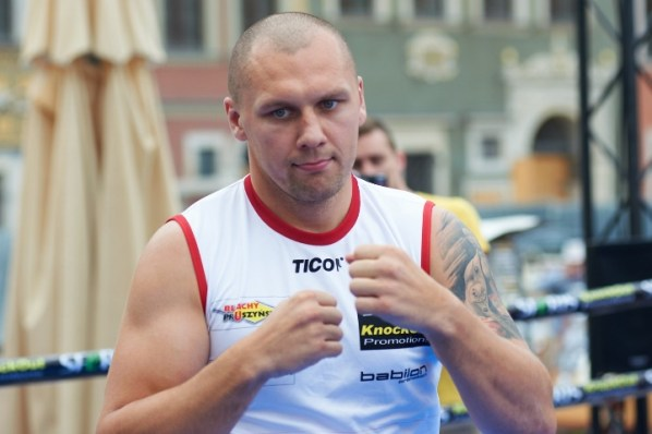https://i1.wp.com/photo.boxingscene.com/uploads/glowacki%20(12).jpg?w=598&ssl=1