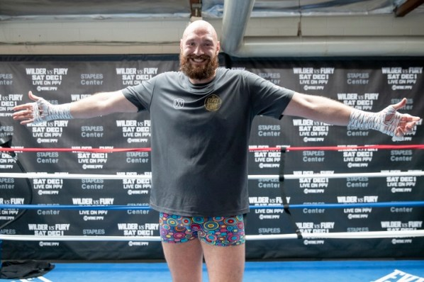 https://i1.wp.com/photo.boxingscene.com/uploads/tyson-fury%20(1)_7.jpg?w=598&ssl=1