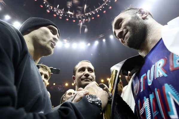 https://i1.wp.com/photo.boxingscene.com/uploads/usyk-gassiev_1.jpg?w=598&ssl=1