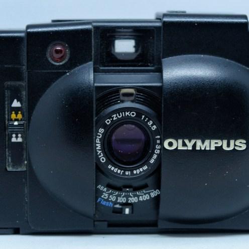 Olympus XA2 front open