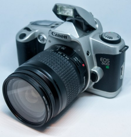 Canon EOS500N with flash